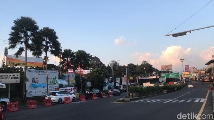 Lalin di Simpang Gadog, Bogor 21 Agustus sore