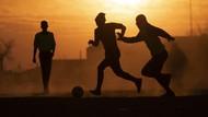 Pandemi Corona Tak Hentikan Sepakbola di Afrika Selatan
