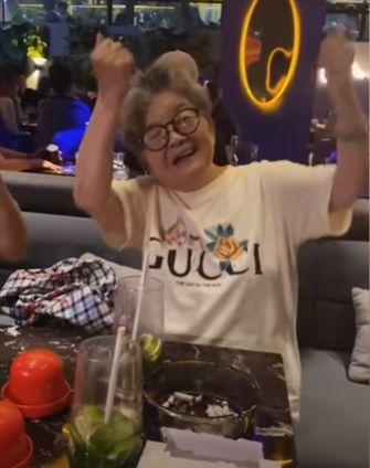 Rahasia Panjang Umur Nenek 83 Tahun