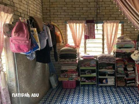 Rumah Sangat Sederhana Tapi Bersih