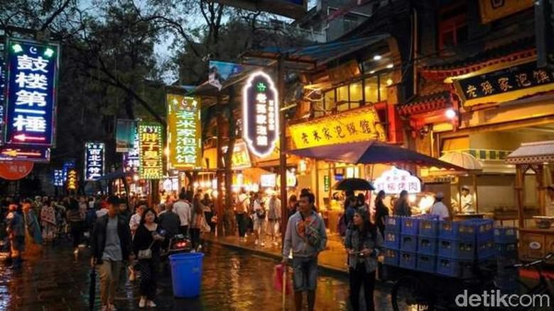 Shopping Street Muslim Xian