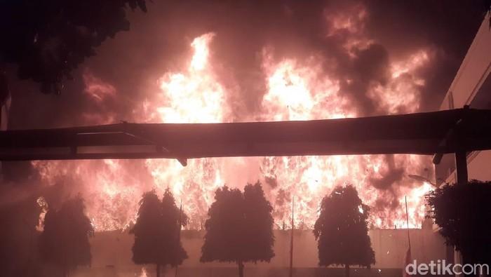 Gedung Kejaksaan Agung kebakaran.