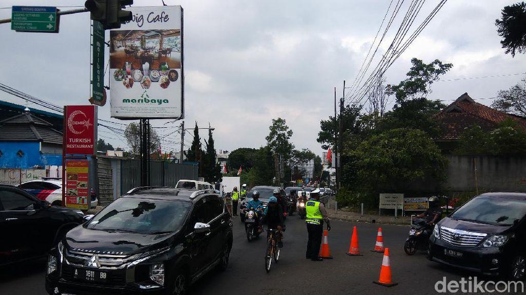 Puncak Long Weekend, Volume Kendaraan di Lembang Meningkat 70 Persen