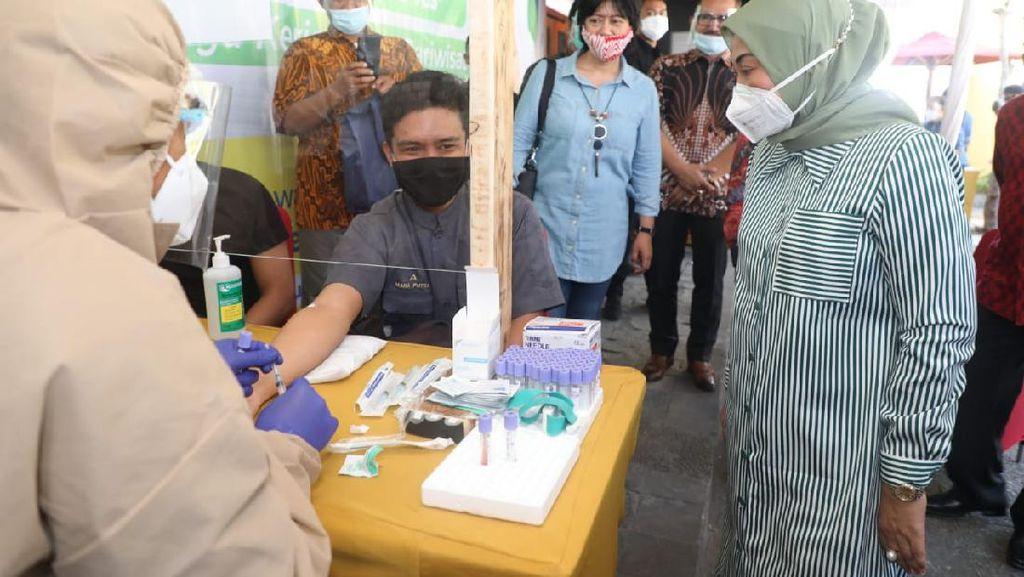 Cek Rapid Test Pekerja di Bali, Menaker: Siap Kehidupan Normal Baru
