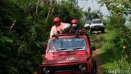 Foto: Naik Jip Menuju Tempat Ngopi Hits di Banjarnegara