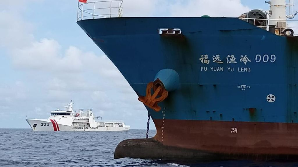 Bakamla Periksa Kapal China Mati Mesin di Natuna, Tak Ditemukan Pelanggaran