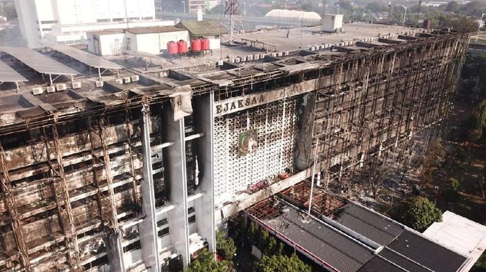 Gedung Kejaksaan Agung Habis Terbakar