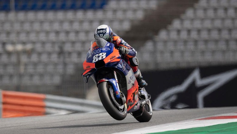 SPIELBERG, AUSTRIA - AUGUST 15: Miguel Oliveira of Portugal and Team KTM Tech 3 heads down a straight during the MotoGP Of Austria - Qualifying at Red Bull Ring on August 15, 2020 in Spielberg, Austria. (Photo by Mirco Lazzari gp/Getty Images)