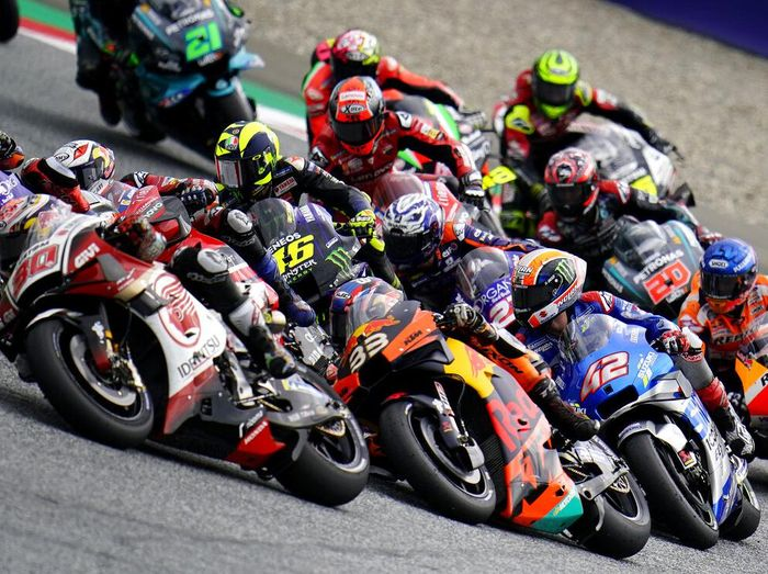 MotoGP Styria 2020 menghadirkan Miguel Oliveira (Red Bull KTM Tech3) sebagai pemenang lewat manuver jelang garis finis. Ada pula insiden red flag di race ini.