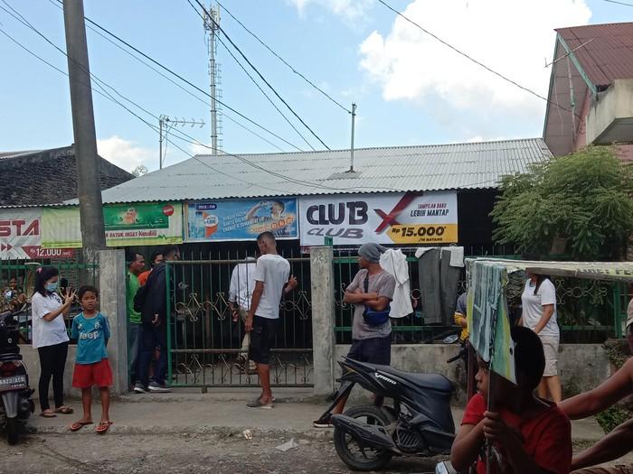 Anak bunuh ayah di Medan (Ahmad Arfah-detikcom)