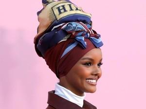 Tommy Hilfiger Meluncurkan Koleksi Hijab Pertama