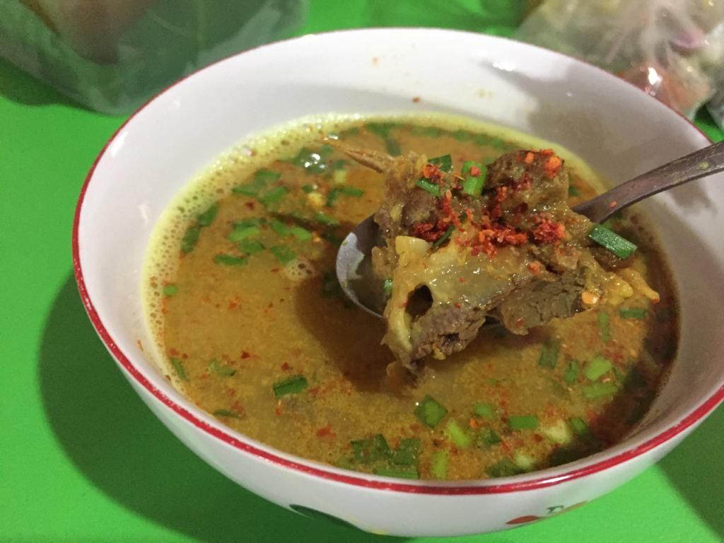 Pengalaman Jastip Tahu Gejrot dan Empal Gentong Langsung dari Cirebon