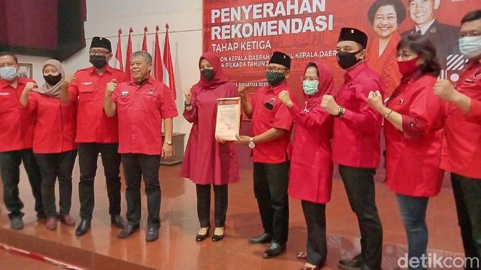 Penyerahan Rekomendasi Kepala Daerah Gelombang 3 di DPD PDIP Jatim Beberapa Waktu Lalu