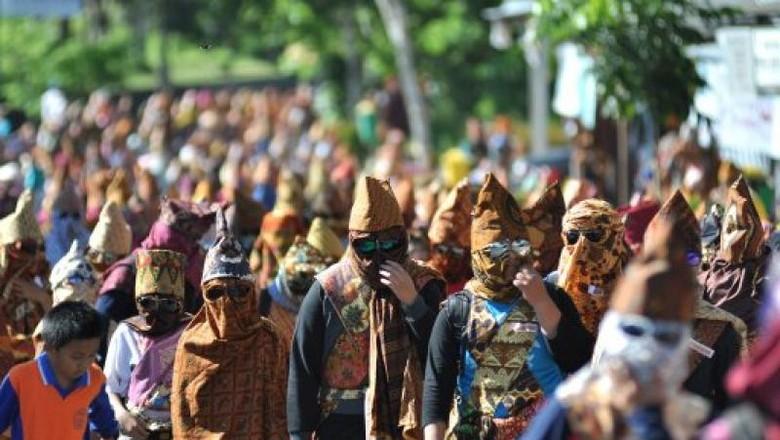 Pesta Sekura di Lampung Barat