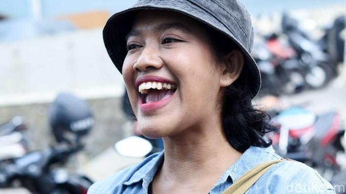 Siti Fauziah saat ditemui di kawasan Trans TV.