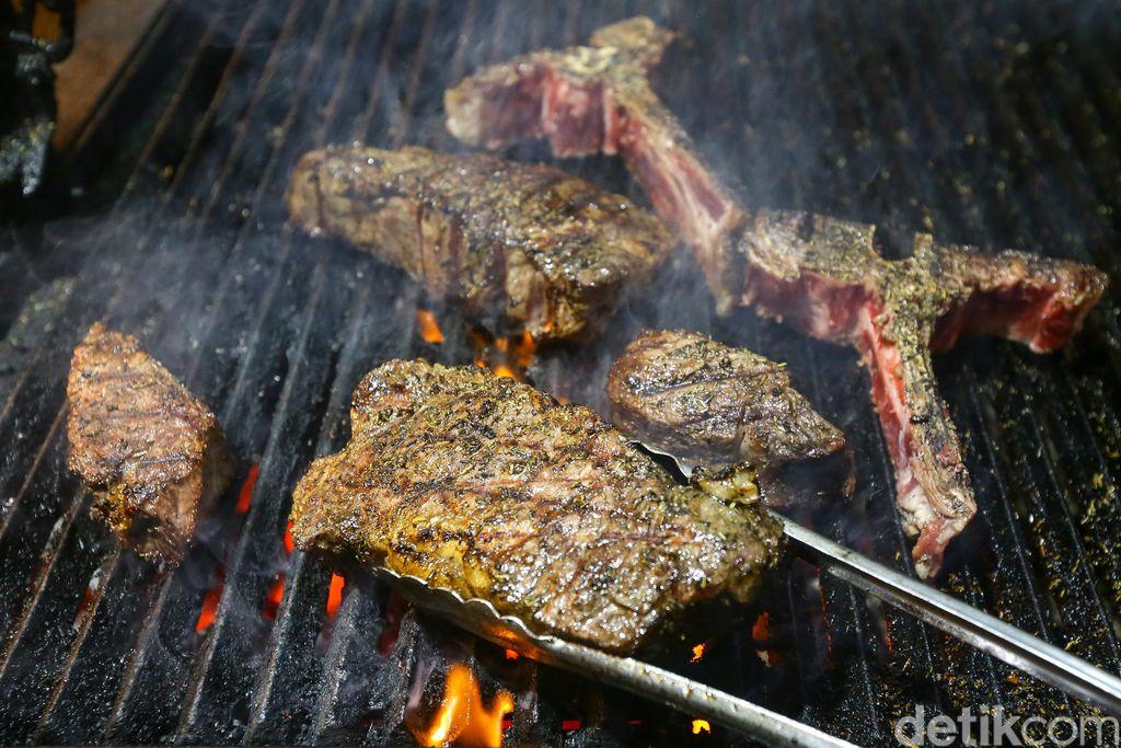 Steak di Boy N Cow