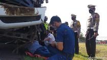 4 Orang Tewas di Tol Cipali, Petugas Cek Kelaikan 3 Kendaraan