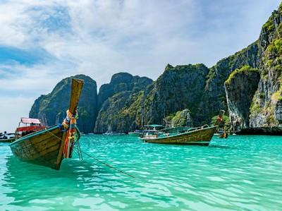 Phuket Seperti Pasien Koma di Ruang ICU