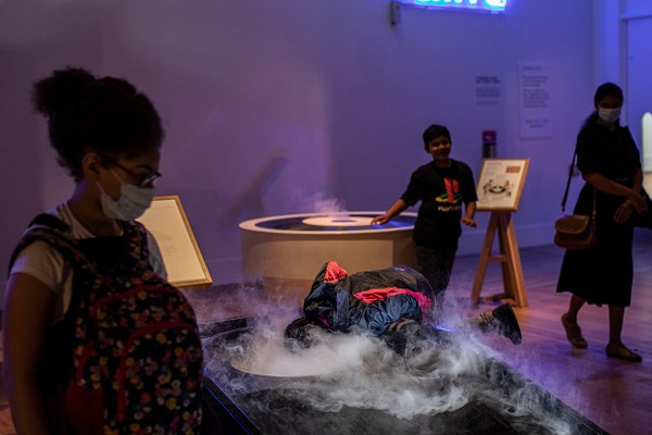 Anak-anak akan diajak mengenal dunia kelistrikan dan kimia melalui beragam permainan dan film yang akan ditayangkan.