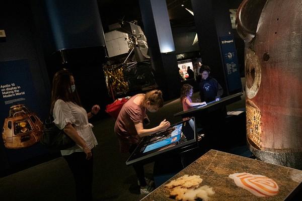 Museum Sains London mengajak anak-anak untuk mengenal fenomena alam keseharian dengan beragam bentuk demonstrasi.