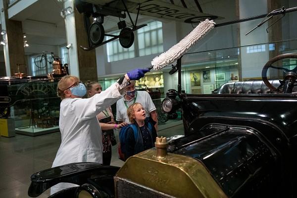 Fitur baru di museum terpopuler di Kensington ini memiliki 50 pameran interaktif, dengan sejumlah staf yang akan interaktif memandu dan mengajak pengunjung anak-anak terlibat.