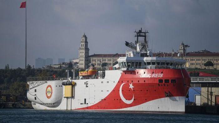 Kapal Turki yang akan menggelar latihan angkatan laut (Getty Images)