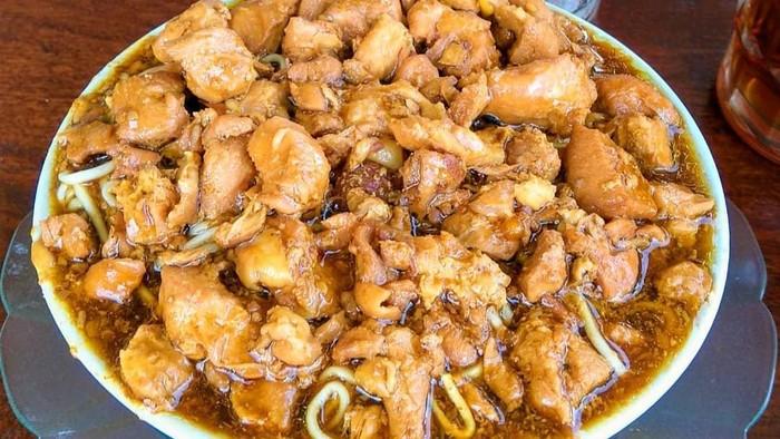 Mie Ayam Pakde Wonogiri