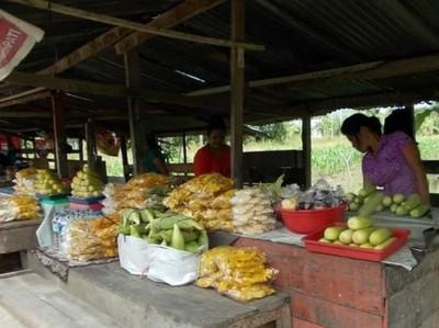 Potret Pasar Tradisional Warga Trans di Jayapura