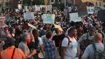 Jacob Blake Ditembak Polisi di Depan Anak-anaknya, Warga AS Protes