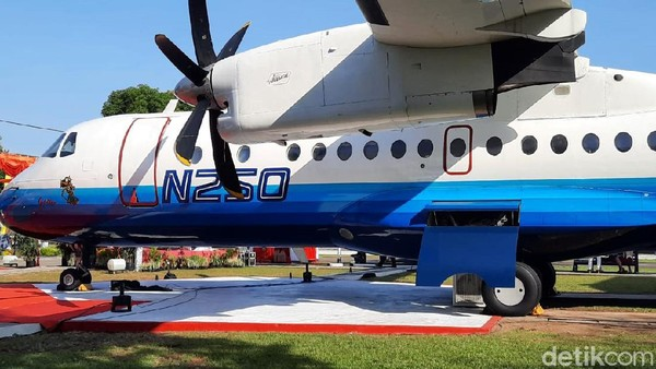 Sementara itu, Direktur Umum dan SDM PT Dirgantara Indonesia Sukatwikanto menjelaskan, pesawat Prototype Aircraft PA-01 N250 Gatotkaca yang telah dikirimkan dari PT DI Bandung menuju Museum Pusat Dirgantara Mandala (Muspusdirla) Yogyakarta memiliki sejarah yang panjang.