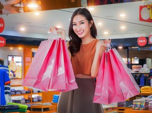 Cuma 3 Hari! Tas Hingga Sepatu Branded Sale 70% di Metro Dept. Store