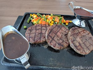 Ono Steak : Puas Makan Steak Kiloan dan Steak Penyet Pakai Sambal Ulek