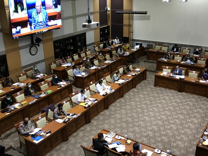 Rapat Komiis III dengan Institusi Penegak Hukum (Rolando-detikcom)