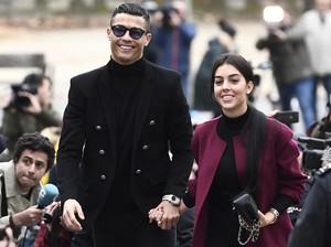 Cristiano Ronaldo Positif Corona, Ini Pesan Romantis dari Georgina Rodriguez