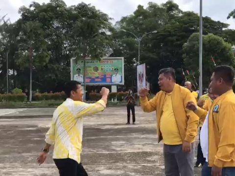 Screenshot viral Ketua DPRD Riau naik heli BNPB disambut orang beratribut Golkar