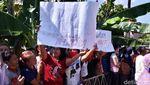 Tangis Kerabat Korban Pembunuhan 4 Sekeluarga di Sukoharjo