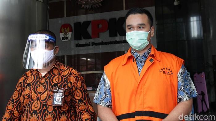 KPK kembali memeriksa Rezky Herbiyono terkait kasus korupsi yang menjerat eks Sekretaris MA Nurhadi.