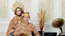 Pengakuan Blak-blakan Waria yang Viral Kembali Jadi Pria dan Kini Menikah