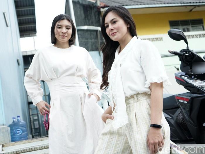 Wulan Guritno dan Shaloom Razade saat ditemui di kawasan Trans TV.