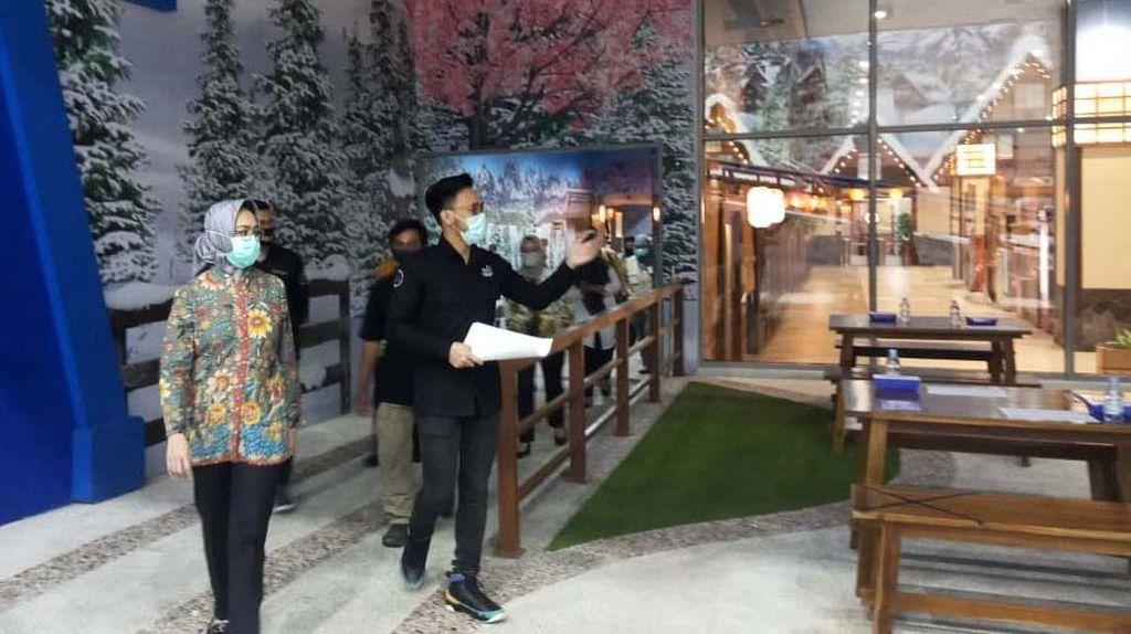 Airin Cek Kesiapan Pembukaan Trans Snow World Bintaro