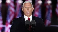 Air Force Two Mike Pence Tabrak Burung, Terpaksa Mendarat Darurat