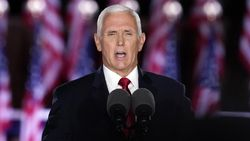 Wapres Mike Pence Ingatkan AS Tak Akan Aman di Bawah Joe Biden