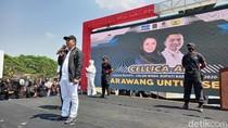 Deklarasi di Monumen Kebulatan Tekad, Cellica-Aep Santuni Ribuan Jompo