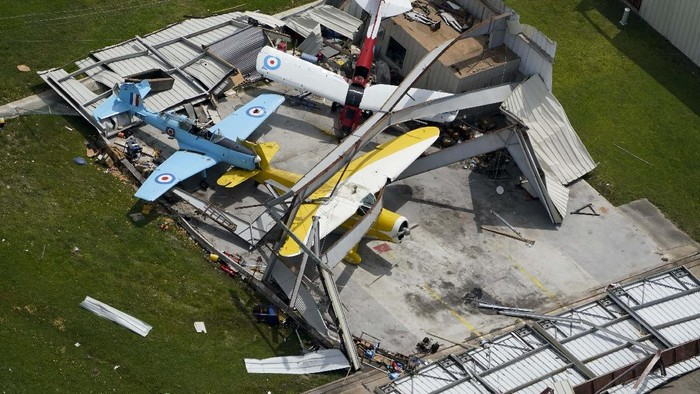 A airplane hanger is destroyed Thursday, Aug. 27, 2020, after Hurricane Laura went through the area near Lake Charles, La. (AP Photo/David J. Phillip)
