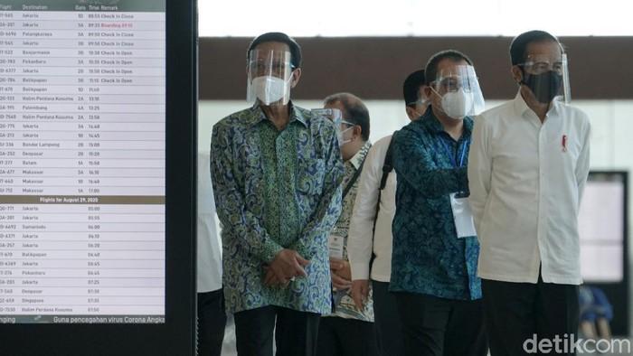 Presiden Joko Widodo  meresmikan Yogyakarta International Airport   pembangunan bandara tersebut menelan biaya Rp 11,3 triliun.