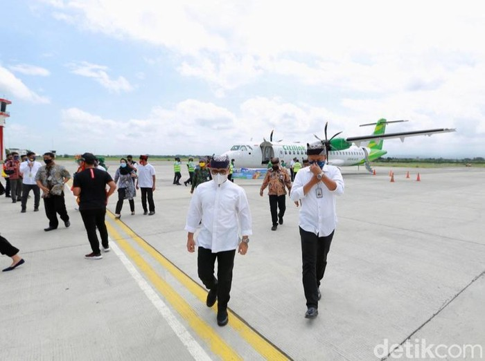 Maskapai penerbangan nasional Citilink resmi membuka kembali rute penerbangan Banyuwangi Denpasar Pulang Pergi (PP). Pembukaan kembali rute tersebut ditandai dengan Inaugural Flight (penerbangan perdana) dari Denpasar menuju Bandara Banyuwangi.