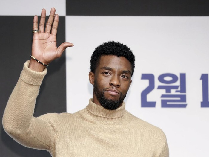 SEOUL, SOUTH KOREA - FEBRUARY 05:  Actor Chadwick Boseman attends the press conference for the Seoul premiere of Black Panther on February 5, 2018 in Seoul, South Korea.  (Photo by Han Myung-Gu/Getty Images for Disney)
