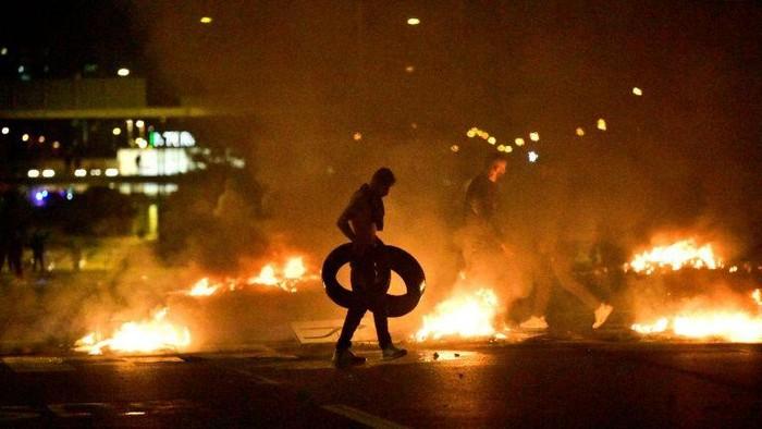 Demonstrasi rusuh buntut pembakaran Al-Quran (AFP Photo)