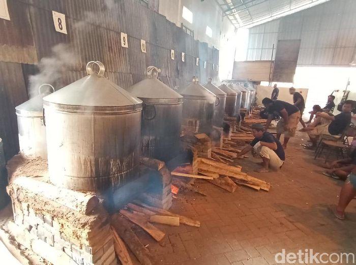 Pembuatan Nasi Jangkrik