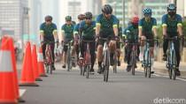Bila Road Bike Diizinkan Melintas, Apakah Jalan Tol Harus Ditutup?